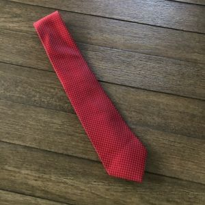 Murano extra long red with white dots career tie